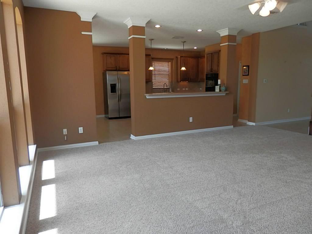 frieze carpet flooring